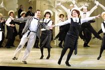 'THE MIKADO' (Gilbert & Sullivan) centre, l-r: Bonaventura Bottone (Nanki-Poo), Victoria Simmonds (Pitti-Sing), Alison Roddy (Yum-Yum) English National Opera/London Coliseum, WC2     10/12/2001