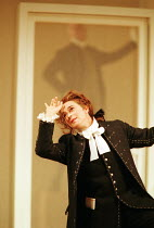 'LE NOZZE DI FIGARO' (Mozart)~Marina Comparato (Cherubino)~Glyndebourne Festival Opera  05/2000, revived  10/06/2001
