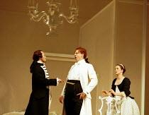 'LE NOZZE DI FIGARO' (Mozart)~Act II - l-r: Mariusz Kwiecien (Count Almaviva), Peter Mattei (Figaro), Christiane Oelze (Susanna)~Glyndebourne Festival Opera    20 May 2000