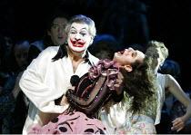 'PAGLIACCI' (Leoncavallo)   (conductor: Antonio Pappano   producer: Franco Zeffirelli)~final scene - Canio kills Nedda: Placido Domingo (Canio), Nuccia Focile (Nedda - NB: - at dress rehearsal only, n...