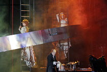 'DAS RHEINGOLD' (Wagner - conductor: Antonio Pappano   director: Keith Warner  ,set design: Stefanos Lazaridis   costume design: Marie-Jeanne Lecca   lighting: Wolfgang G�bbel),final scene - ascent to...