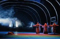 'DAS RHEINGOLD' (Wagner - conductor: Bernard Haitink   director: Gotz Friedrich),final scene - the Gods approach Valhalla),The Royal Opera / Covent Garden   London WC2                       16/09/1991...