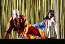 'THE RHINEGOLD' (Wagner - conductor: Paul Daniel   director: Phyllida Lloyd   design: Richard Hudson)~Andrew Shore (Alberich), Stephanie Marshall (Wellgunde)~English National Opera / London Coliseum...