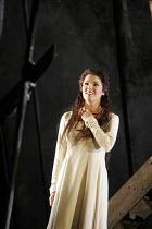 'RIGOLETTO' (Verdi - conductor: Edward Downes   original director: David McVicar),Anna Netrebko (Gilda),The Royal Opera / Covent Garden   London WC2        10/06/2005,
