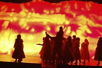 DIE ZAUBERFLOTE (THE MAGIC FLUTE) by Mozart - conductor: Vladimir Jurowski   director: Adrian Noble~end of Act 1~Glyndebourne Festival Opera / East Sussex, England   20/05/2004