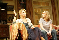 AMY^S VIEW   by David Hare   director:Peter Hall,l-r: Felicity Kendal (Esme Allen), Jenna Russell (Amy Thomas),Garrick Theatre, London WC2                          20/11/2006,