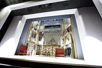 Shakespeare - set design