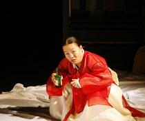 ROMEO AND JULIET   by Shakespeare   director: Oh Tae-Suk,Cho Eun A (Nurse),Mokhwa Repertory Company (Korea),BITE:06 / Pit Theatre, Barbican Centre, London EC2                23/11/2006,