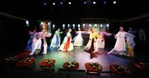 ROMEO AND JULIET   by Shakespeare   director: Oh Tae-Suk,,Mokhwa Repertory Company (Korea),BITE:06 / Pit Theatre, Barbican Centre, London EC2                23/11/2006,