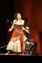 CARMEN  by Bizet  conductor: Antonio Pappano  director: Francesca Zambello ~Anna Caterina Antonacci (Carmen), Jonas Kaufmann (Don Jose)~The Royal Opera, Covent Garden, London WC2  08/12/2006 ~(c) Dona...