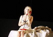 LA VOIX HUMAINE  Opera North 2006