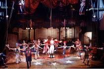 'BARNUM' (Coleman/Stewart/Bramble)~centre: Michael Crawford (Phineas T. Barnum)~Victoria Palace Theatre, London SW1        14/03/1985