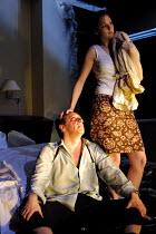 'BLASTED' (Kane)~Neil Dudgeon (Ian), Kelly Reilly (Cate)~Royal Court/Jerwood Theatre Downstairs  London SW1  03/04/2001