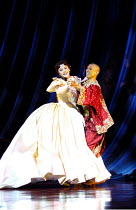 'THE KING AND I' (Rodgers & Hammerstein)~'Shall we dance....': Josie Lawrence (Anna Leonowens), Keo Woolford (The King of Siam)~London Palladium  09/05/2001