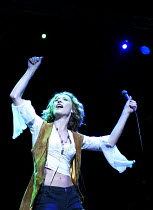 'TEETH 'N' SMILES' (Hare)~Amanda Donohoe (Maggie)~Crucible Theatre, Sheffield   05/11/2002