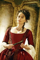 'LES LIAISONS DANGEREUSES' (Laclos, adapted by Christopher Hampton - director: Tim Fywell)~Polly Walker (La Marquise de Merteuil)~Playhouse Theatre / London WC2          12/12/2003