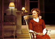 LONG DAY'S JOURNEY INTO NIGHT by Eugene O'Neill director: Robin Phillips  ~Jessica Lange (Mary Tyrone)~Lyric Theatre, London W1 21/11/2000~(c) Donald Cooper/Photostage   photos@photostage.co.uk   ref/...