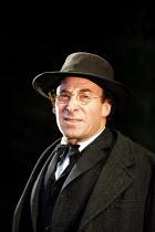 MAHLER'S CONVERSION  by Ronald Harwood  design: Stephen Brimson-Lewis  lighting: Tim Mitchell  director: Gregory Doran <br>~Antony Sher (Gustav Mahler)~Aldwych Theatre, London WC2   02/10/2001~(c) Don...