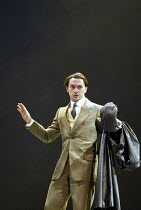 'MAN AND SUPERMAN' (G B Shaw   director: Peter Hall)~Will Keen (John Tanner/Don Juan)~Theatre Royal Bath             20/07/2004