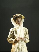 'MAN AND SUPERMAN' (G B Shaw   director: Peter Hall)~Rebecca Hall (Ann Whitefield/Dona Ana)~Theatre Royal Bath             20/07/2004
