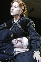 'MOURNING BECOMES ELECTRA' (O'Neill - director: Howard Davies)~Helen Mirren (Christine Mannon), Paul Hilton (Orin Mannon)~Lyttelton Theatre / National Theatre, London SE1         27/11/2003