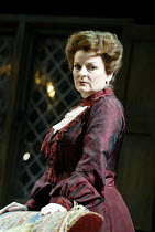 'MRS WARREN'S PROFESSION' (GB Shaw: director - Peter Hall)~Brenda Blethyn (Mrs Warren)~Strand Theatre, London WC2                  10/10/2002
