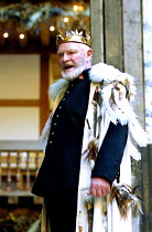 KING LEAR by Shakespeare  design: Hayden Griffin  Master of Play / director: Barry Kyle <br>~Julian Glover (Lear)~Shakespeare's Globe, London SE1  22/05/2001
