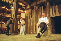 KING LEAR   by Shakespeare   director/^Master of Play^: Barry Kyle,Gloucester blinded - left: Michael Gould (Edmund), Felicity Dean (Regan   right: Geoffrey Whitehead (Gloucester),Shakespeare's Globe,...