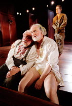 'KING LEAR' (Shakespeare)~l-r: David Ryall (Earl of Gloucester), Oliver Ford-Davies (King Lear), (rear) Tom Hollander (Edgar)~Almeida at King's Cross / London N1     12/02/2002