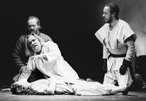 'KING LEAR' (Shakespeare),Lear dies - l-r: (rear) Ian Hogg (Earl of Kent), Eric Porter (Lear), Peter Eyre (Edgar) and Kim Thomson (Cordelia),Old Vic Theatre, London          28/03/1989,