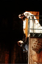 ROMEO AND JULIET by Shakespeare design: Alison Chitty lighting: Jean Kalman director: David Leveaux ~balcony scene: Michael Maloney (Romeo), Claire Holman (Juliet)~Royal Shakespeare Company (RSC), Roy...