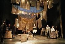 ROMEO AND JULIET by Shakespeare design: Kendra Ullyart lighting: Hugh Vanstone  fights: Terry King  movement: Sue Lefton  director: Adrian Noble ~end I/i - at left: Darlene Johnson (Lady Capulet), Chr...