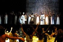 'AIDA' (Verdi)~on platform - l-r: Ron Li-Paz (Ramfis), John Keyes (Radames), Richard Angas (The King), Renata Skarelyte (Amneris)~Royal Albert Hall, London  23/02/2001