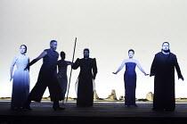 'AIDA' (Verdi - conductor: Antonio Pappano   director/design/lighting: Robert Wilson)~l-r: Norma Fantini (Aida), Mark S. Doss (Amonasro), Carlo Colombara (Ramfis), Ildiko Komlosi (Amneris), Johan Both...