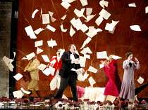 THE MARRIAGE OF FIGARO (Le nozze di Figaro)   by Mozart   conductor: André de Ridder   director: Olivia Fuchs <br>,l-r: (in red jacket) Scott Hendricks (Count Almaviva), Iain Paterson (Figaro), Susan...