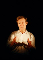 'VIA DOLOROSA'~David Hare~Royal Court Theatre / Duke of York's  08/09/98 ~(c) Donald Cooper/Photostage   photos@photostage.co.uk   ref/A-26