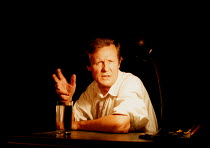 'VIA DOLOROSA'~David Hare~Royal Court Theatre / Duke of York's  08/09/98 ~(c) Donald Cooper/Photostage   photos@photostage.co.uk   ref/D-7