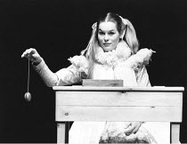 THE TAMING OF THE SHREW   by Shakespeare   director: Barry Kyle,Alice Krige (Bianca),Royal Shakespeare Company / Royal Shakespeare Theatre, Stratford-upon-Avon                07/10/1982,