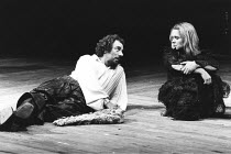 THE TAMING OF THE SHREW   by Shakespeare - director: Barry Kyle ,Alun Armstrong (Petruchio), Sin�ad Cusack (Katherina),Royal Shakespeare Company / Barbican Theatre, London EC2                        2...