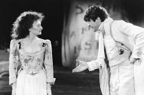 THE TAMING OF THE SHREW   by Shakespeare - director: Di Trevis <br>~Sian Thomas (Katharina), Alfred Molina (Petruchio) ~Royal Shakespeare Company (RSC), Regional Tour 1985/86~(c) Donald Cooper/Photost...