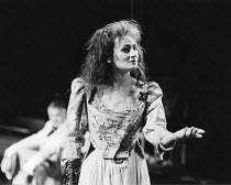 THE TAMING OF THE SHREW   by Shakespeare - director: Di Trevis <br> ~Sian Thomas (Katharina) ~Royal Shakespeare Company (RSC), Regional Tour 1985/86~(c) Donald Cooper/Photostage   photos@photostage.co...