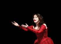 'THE TAMIMG OF THE SHREW' / C4,Josie Lawrence (Katherina),RSC/Barbican  4/1996 ~(c) Donald Cooper/Photostage   photos@photostage.co.uk   ref/C4