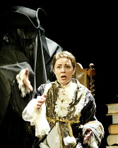 'ALCINA' (Handel)~Deanne Meek (Ruggiero)~English National Opera / London Coliseum, London WC2                 16/04/2003
