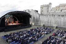 'ANNA BOLENA' (Donizetti - conductor: Alexander Ingram   director: Tom Hawkes   design: Peter Rice),,Festival of Music / Tower of London       06/07/2005,