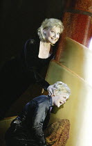 'ARABELLA' (Richard Strauss - conductor: Christoph von Dohnanyi   director: Peter Mussbach)~(top) Karita Mattila (Arabella), Barbara Bonney (Zdenka)~The Royal Opera / Covent Garden   London WC2...
