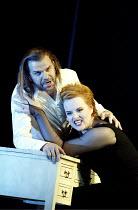'ARIADNE AUF NAXOS' (Strauss)~Robert Brubaker (Bacchus), Petra Lang (Ariadne)~The Royal Opera / Covent Garden, London WC2                   06/09/2002