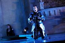 'ARIODANTE' (Handel)~l-r: Mary Nelson (Dalinda), Sarah Connolly (Ariodante)~English National Opera/London Coliseum  WC2    06/03/2002