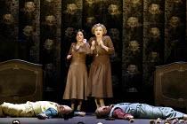 'COSI FAN TUTTE' (Mozart)~the sisters with their 'dead' suitors - l-r: Mary Plazas (Dorabella), Susan Gritton (Fiordiligi) with Christopher Maltman (Guglielmo), Toby Spence (Ferrando)~English National...