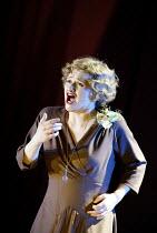 'COSI FAN TUTTE' (Mozart)~Susan Gritton (Fiordiligi)~English National Opera/London Coliseum               29/05/2002