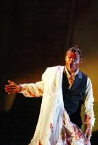 'HAMLET' (Ambroise Thomas/Shakespeare)~Simon Keenlyside (Prince Hamlet)~The Royal Opera / Covent Garden, London WC2          12/05/2003